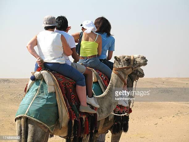 gruppe spaß - camel active stock-fotos und bilder