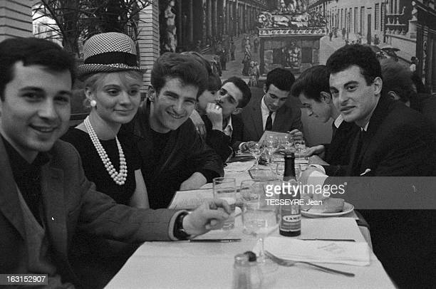 Group 'Les Chaussettes Noires'. Cretéil, Paris- 6 decembre 1962- Le groupe de rock français'Les Chaussettes noires': dans un restaurant, le groupe...