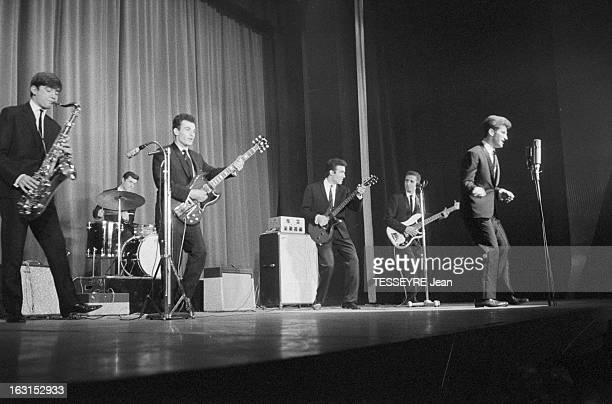 Group 'Les Chaussettes Noires'. Cretéil, Paris- 6 decembre 1962- Le groupe de rock français'Les Chaussettes noires': sur scène, le groupe en concert,...