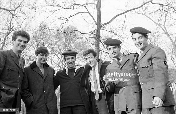 Group 'Les Chaussettes Noires' Cretéil Paris 6 decembre 1962 Le groupe de rock français'Les Chaussettes noires' en forêt de gauche à droite Eddy...