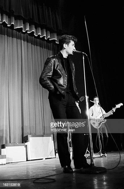 Group 'Les Chaussettes Noires'. Cretéil, Paris- 6 decembre 1962- Le groupe de rock français'Les Chaussettes noires': Eddy MITCHELL en blouson de cuir...