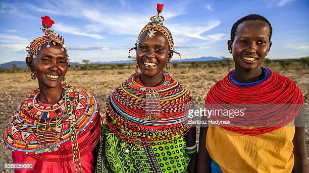 Grupo de las mujeres africanas de Samburu tribe, Kenia, África