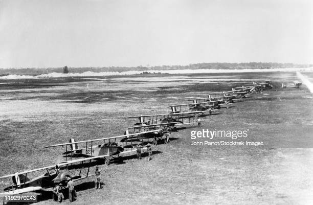 a group of biplanes on marine flying field, florida, 1918. - ww1 aircraft stock pictures, royalty-free photos & images