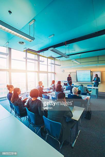 Gruppe des business Personen, ein seminar, Büro, Bildung und
