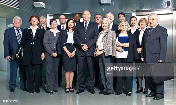 Gruppe von Geschäftsleuten Posieren
