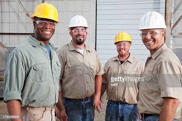 Grupo de trabajadores de la construcción