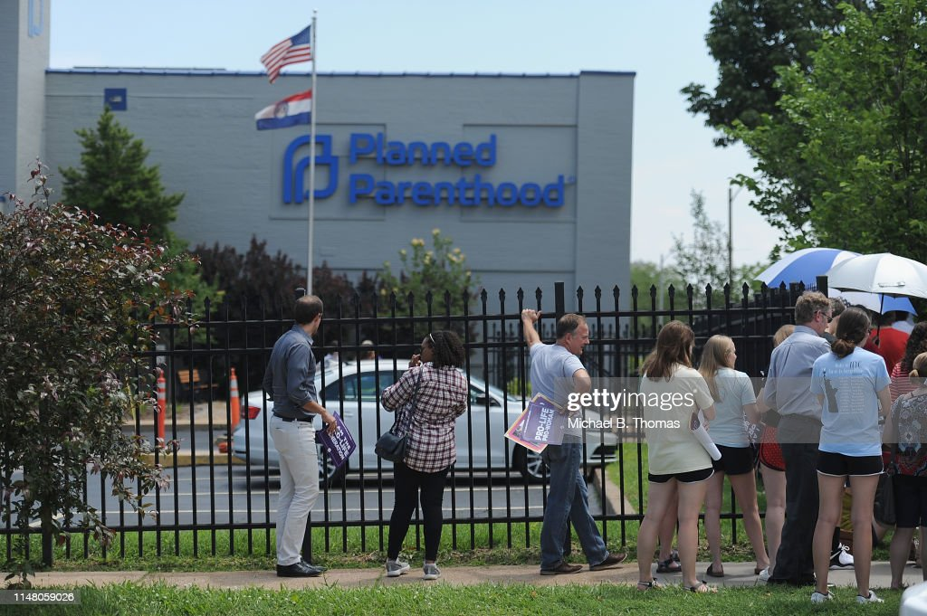 Anti-Abortion Groups Rally Outside Last Planned Parenthood Clinic In Missouri : News Photo