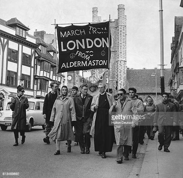 A group of demonstrators march to London from Aldermaston to protest against nuclear weapons These marches were the genesis of the Campaign for...