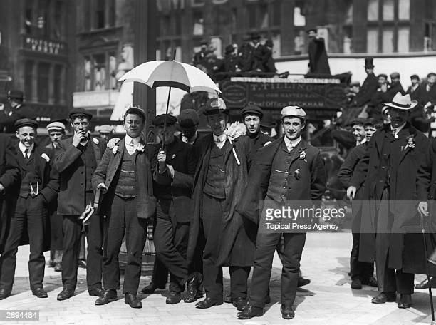 A group of Everton supporters outside St Paul's Cathedral London before making their way to Crystal Palace for the FA Cup final between Everton and...