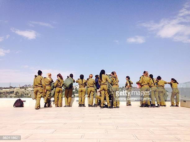 group of female army soldiers at observation point - israeli woman stock pictures, royalty-free photos & images