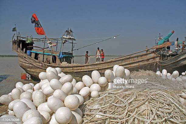A group of fishermen are about to sail for fishing in the sea Gorjon Bunia in Borguna The area was hit by cyclone SIDR one year ago in the night of...