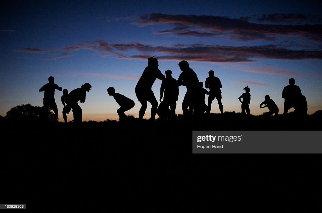Fitness workout on Parliament Hill : News Photo