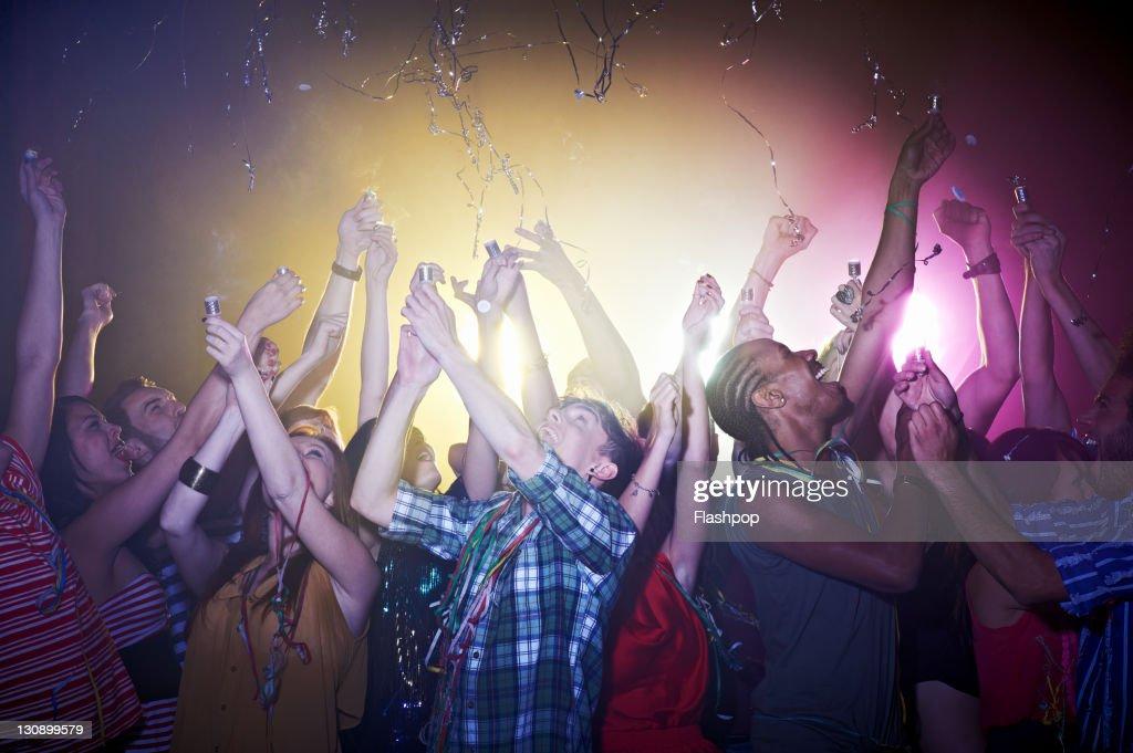 Group of friends celebrating : Foto de stock