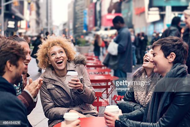 Groupe d'amis de Time Square