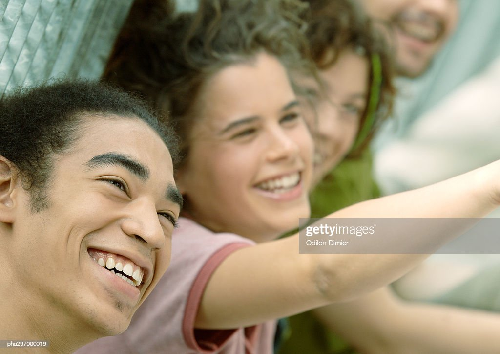 Group of friends smiling : Stockfoto