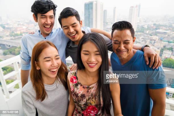 のグループご友人とご一緒に自分撮りを承っております。