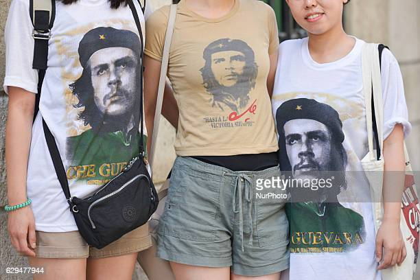 A group of girls/tourists dressed in Che teeshirts seen in the center of Havana The improvment of relations between the USA and Cuba at the beginning...