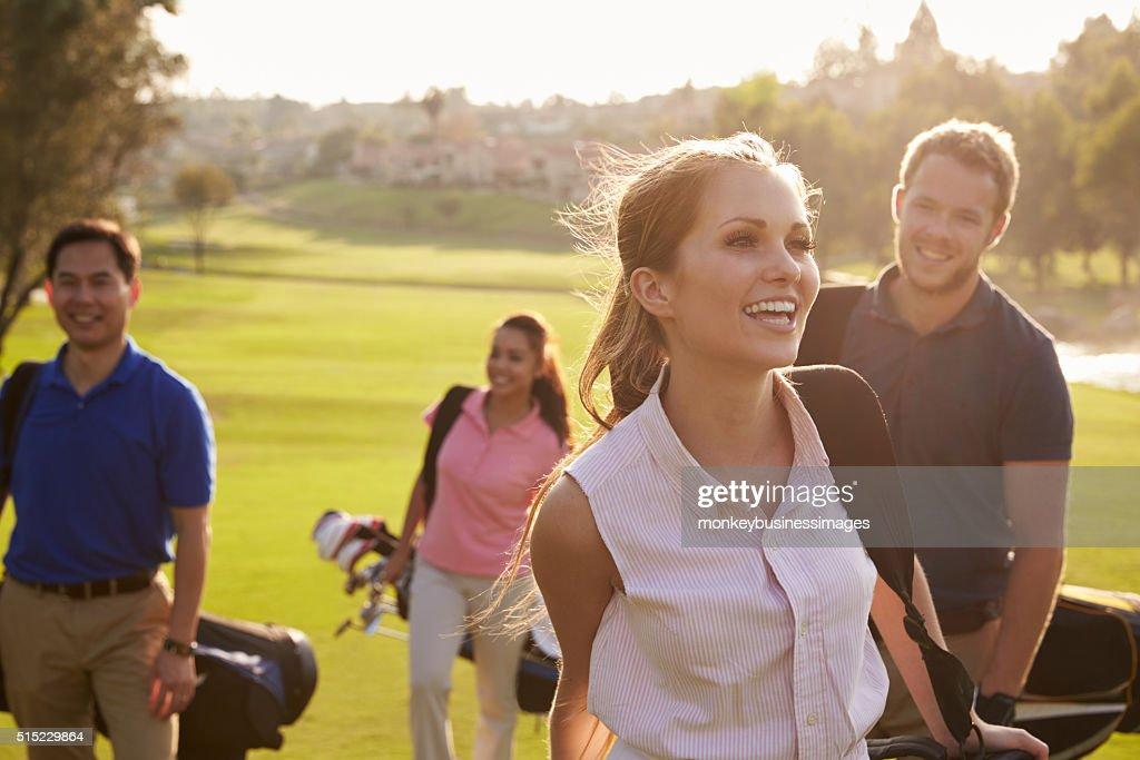 ゴルフは魅力たっぷりのスポーツです