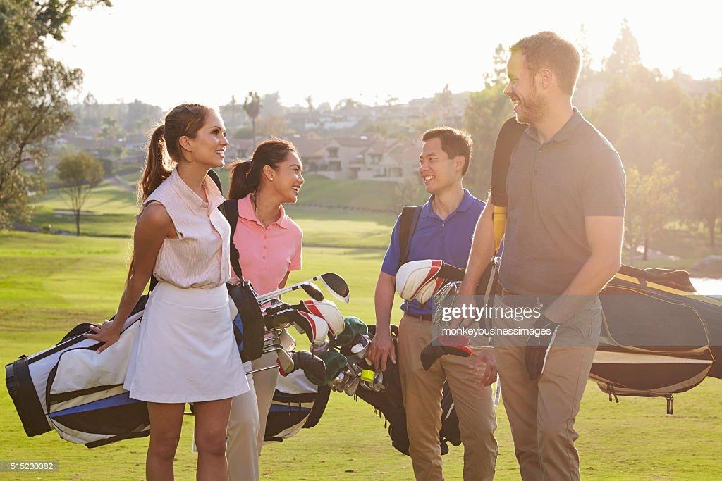 ④出会いの場としてのゴルフ
