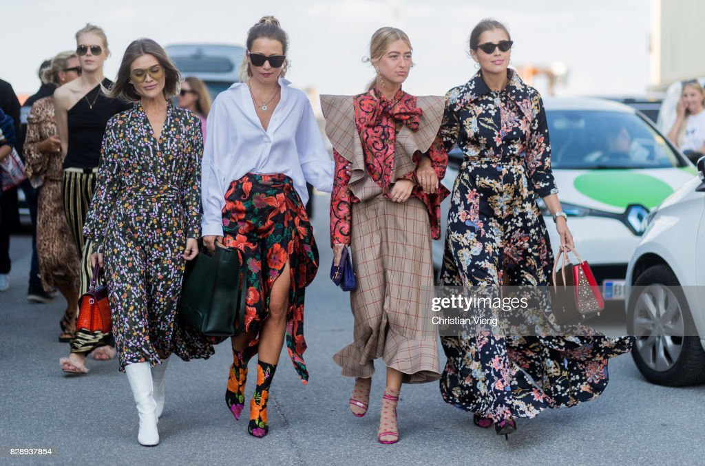 Street Style - Copenhagen Fashion Week Spring/Summer 2018: Day 2 : Photo d'actualité