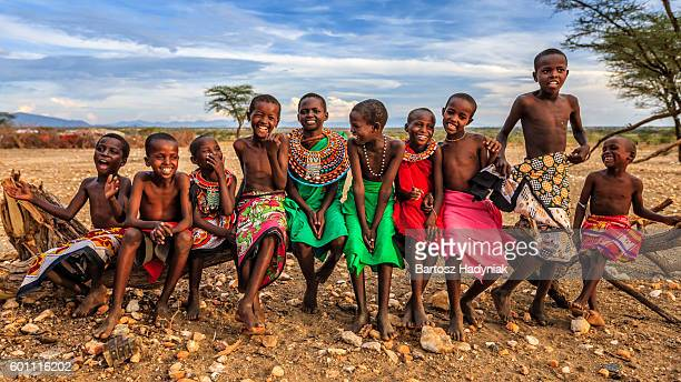 group of happy african children from samburu tribe, kenya, africa - kenia fotografías e imágenes de stock