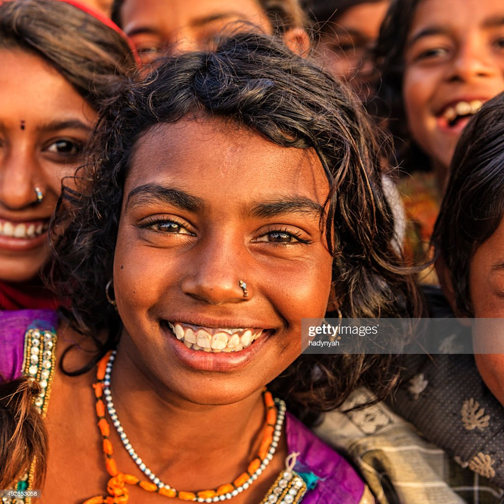 Gypsy woman from india editorial photo. Image of silver - 34346141