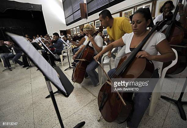 A group of inmates of the women's prison Instituto Nacional de Orientacion Femenina attend music lessons on June 10 2008 inside the prison in the...
