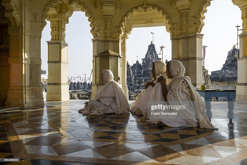 Jain Yatra (Pilgrimage) to Shatrunjaya - Season Begins : News Photo