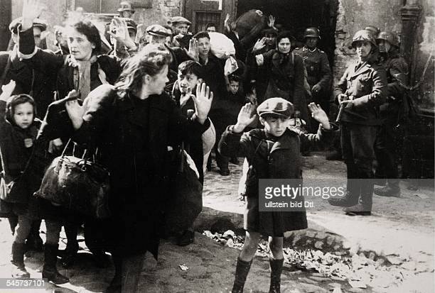 III Reich 2ww persecution of jews in occupied Poland German SS units deporting the Jewish population from the Warsaw Ghetto prior to the uprising...