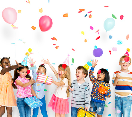 Group of kids celebrate birthday party together 861129134