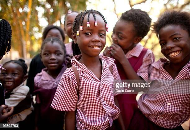 group of kids - ザンビア ストックフォトと画像