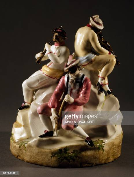 Group of masked figures playing instruments polychrome porcelain height 21 cm Zurich manufacture Switzerland 18th century Florence Museo Stibbert