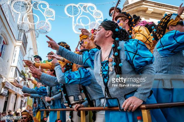 a group of men dressed like woman at the cadiz carnival - finn bjurvoll stock pictures, royalty-free photos & images