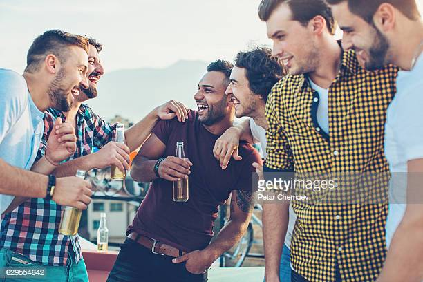 Group of men drinking beer