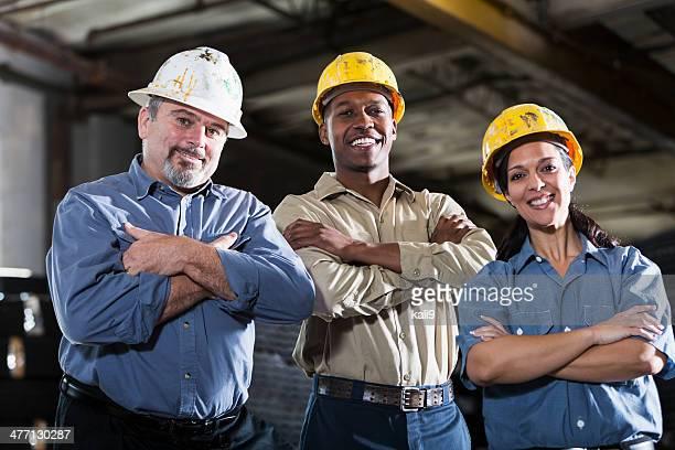 Groupe multi-ethnique de travailleurs