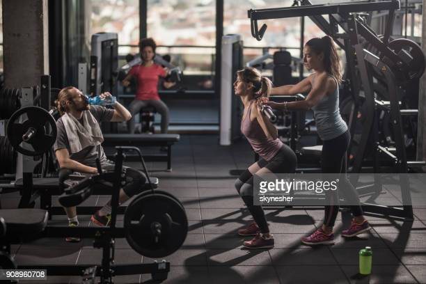 group of people having a sports training in a health club. - leisure facilities stock pictures, royalty-free photos & images