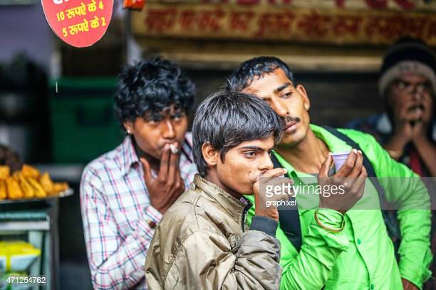 group of people looking around - graphixel stock pictures, royalty-free photos & images
