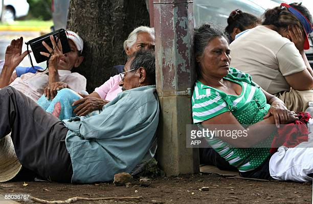 Group of people who were hired by the government of President Daniel Ortega to pray in roundabouts across Managua, hold a hunger strike to protest...