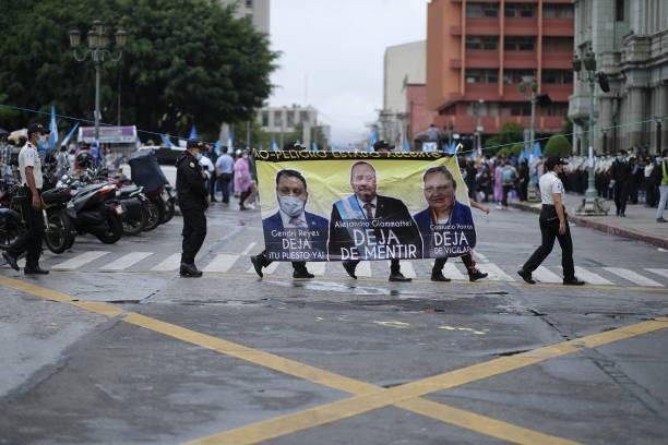 GTM: Demonstration Against Guatemalan President Giammattei