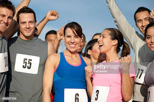 group of runners - 5000 meter stock pictures, royalty-free photos & images