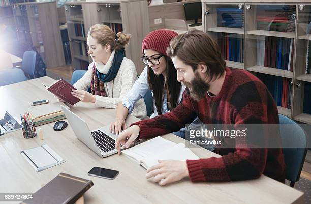 group of students researching togheter