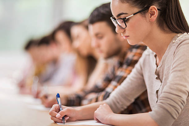 essays on student Sample student essays these sample student essays have been included in this web site to provide writing teachers with essays that represent the english language proficiency level and rhetorical and organizational skills targeted in our school.