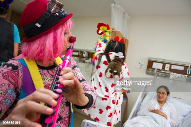 A group of the quotRed Nosesquot Patch Adams visited the Hospital of Nueva Aurora Luz Elena Arismendi in Quito Ecuador on 18 January 2018