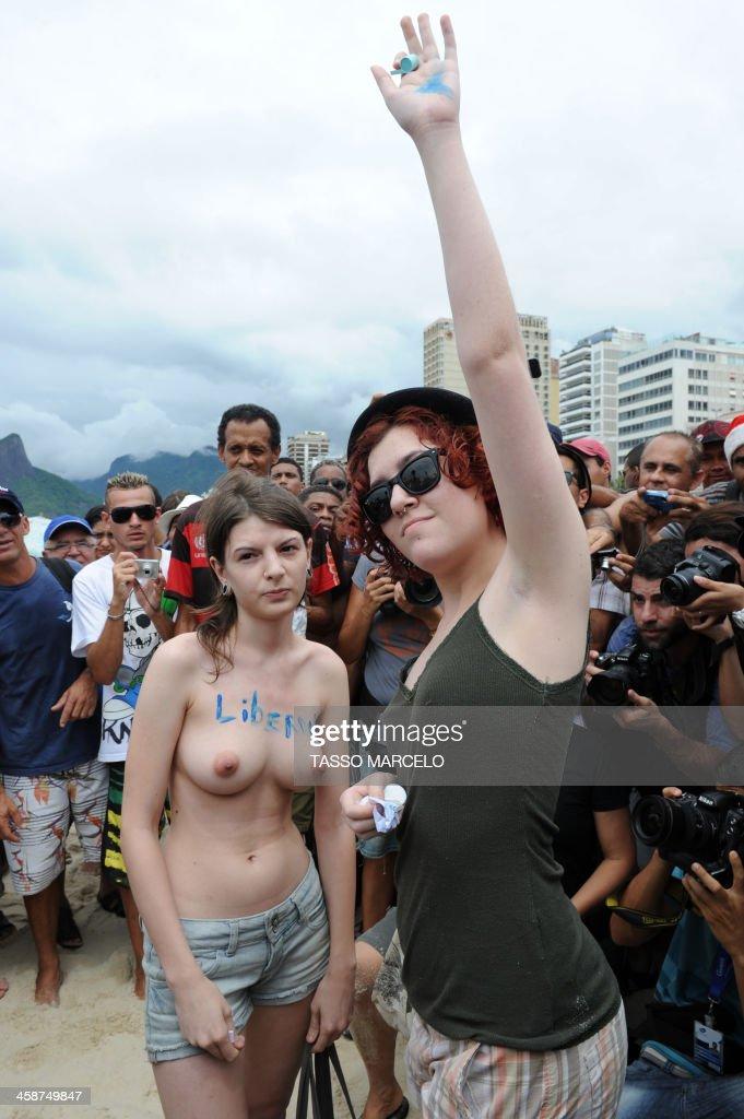 amature naked black girl