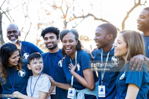group of volunteers - social responsibility stock pictures, royalty-free photos & images