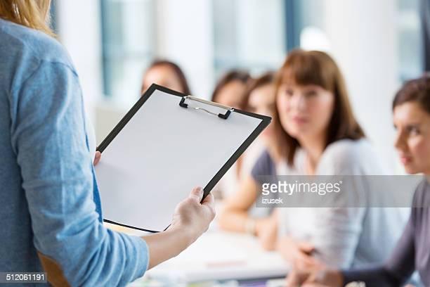 Groupe de femmes à la formation