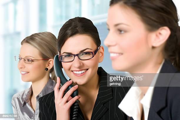 Groupe de jeunes femmes