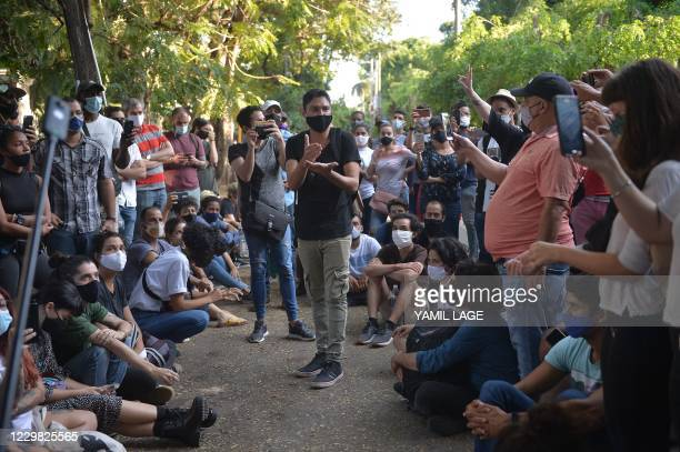 Group of young intellectuals and artists demonstrate at the doors of the Ministry of Culture during a protest in Havana, on November 27, 2020. - Some...