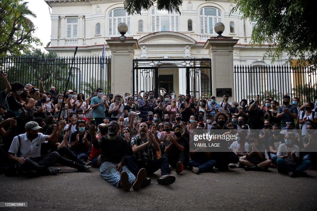 CUBA-POLITICS-CULTURE-PROTEST : News Photo