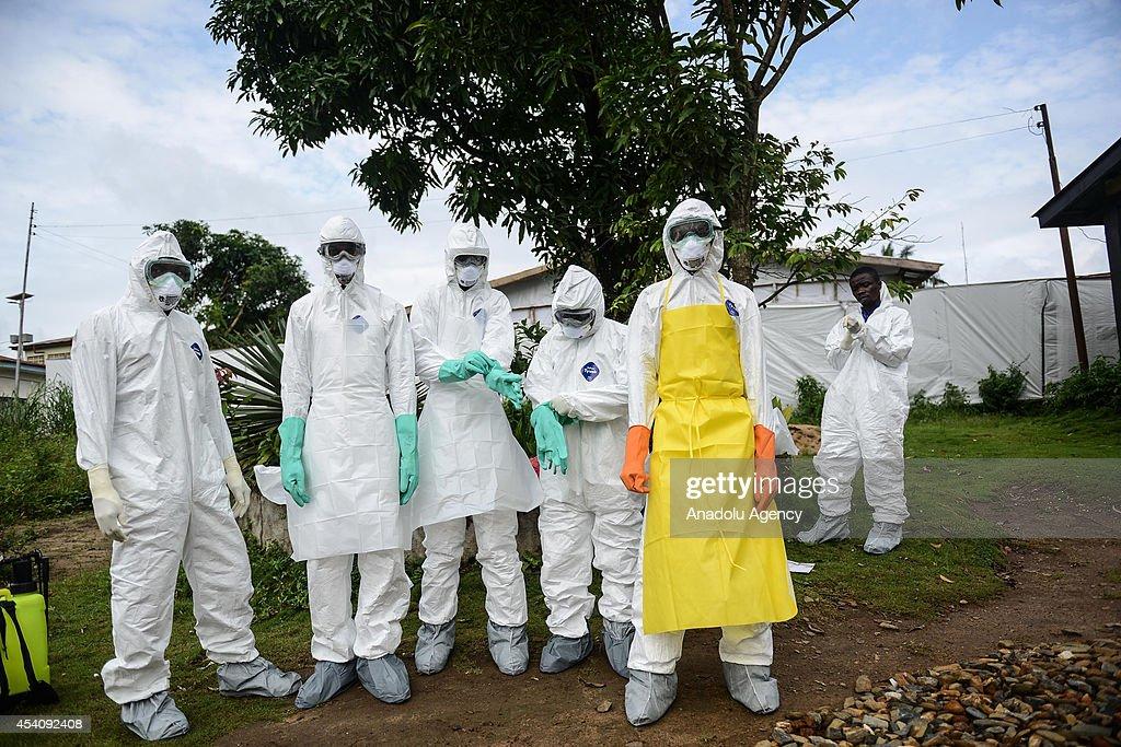 Ebola outbreak in Sierra Leone : News Photo